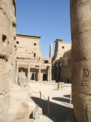 Capilla de la barca de Hatshepsut, Luxor. Bajo las arenas de Kemet, Arquitectura antiguo Egipto