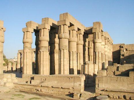 Sala hipóstila de Amenhotep III, Luxor. Bajo las arenas de Kemet, Arquitectura antiguo Egipto