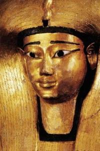 Sarcófago de la reina Ahhotep I [Bajo las arenas de Kemet]