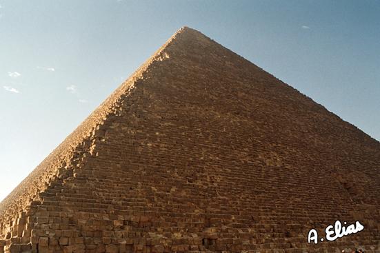 La Gran Pirámide de Keops, Khufu, Guiza. Bajo las arenas de Kemet. Arquitectura antiguo Egipto