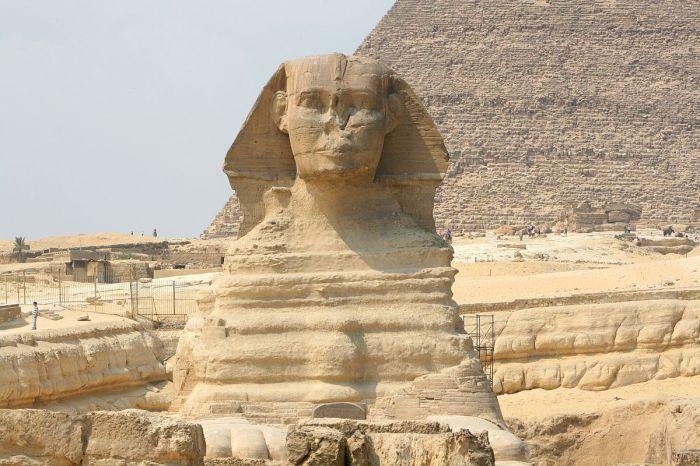 La Esfinge de Guiza. Complejo funerario de Kefrén [Khaefra]. Bajo las arenas de Kemet. Arquitectura antiguo Egipto